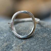 Sterling silver open circle ring- Geometric ring