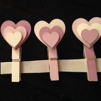 Shabby Chic Peggy's Heart Organising Pegs ideal Stocking Filler for Christmas