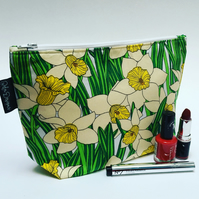 Make up bag daffodils