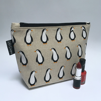 Make up bag -Penguins