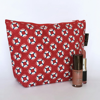 Toiletries bag, lifebuoys