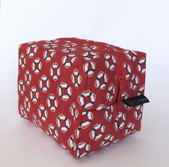 Makeup bag, boxy lifebouys