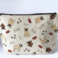 Makeup bags, cosmetic bags, toiletry bags pugs
