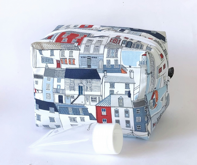 Boxy makeup, toiletry bag