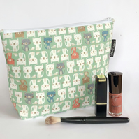 Makeup bag green cats