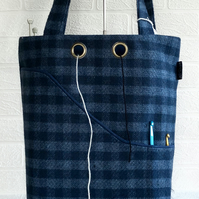 Knitting, project bag blue check