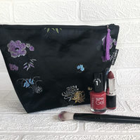 Large recycled makeup bag, black with embroidered flowers