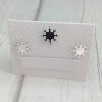 Christmas place settings. Set of 15 luxury Christmas place cards. White & silver