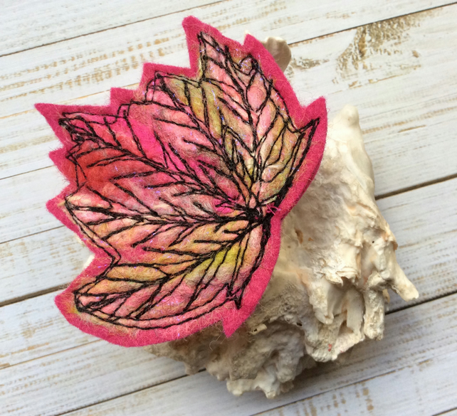 Stunning embroidered leaf brooch.
