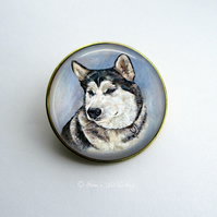 Gold Tone Alaskan Malamute Dog Art Brooch