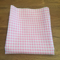 Baby Pink & White Gingham Print Fat Quarter