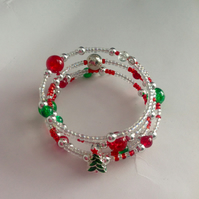 Christmas themed  beaded memory wire bracelet