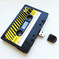 16GB USB Mix tape - Retro Quirky Gift - Music - Love - Gifts for Her