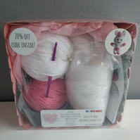 Sparkles the Unicorn Crochet Kit