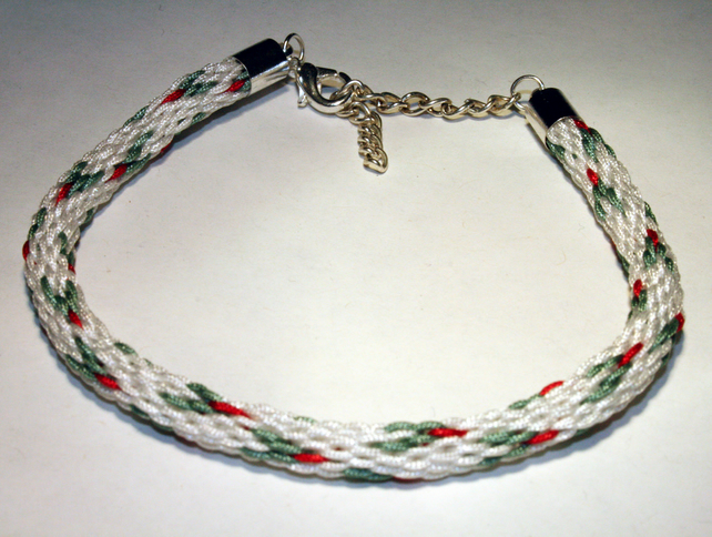 Kumihimo Bracelet, Christmas, Holly