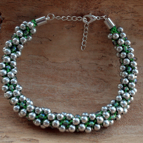 Kumihimo Bracelet Beaded Silver,Green