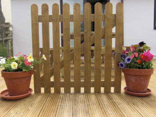 Picket Gate 4ft x 3ft Round Top Treated Wooden Garden Gates Wood High Quality