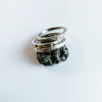 Set of 3 square band, textured stacking rings