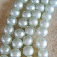 30 frosted glass pearls, 10mm, light silvery grey