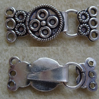 Large 3 strand clasp