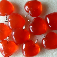 10 glass heart pendants, 15mm orange