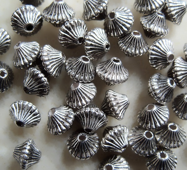40 metallised fluted bi-cone beads, 6.5mm