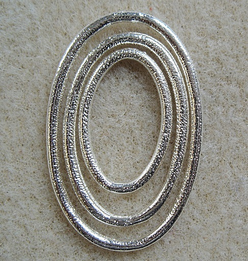 Set of 3, oval silver plated metal links