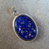 Opal glitter pendant, royal blue