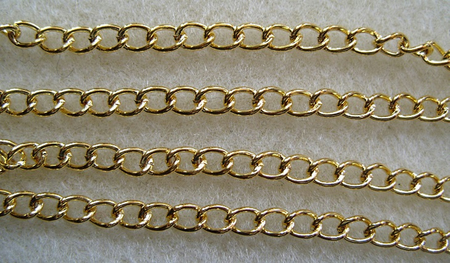 1 metre gold plated curb chain 5x4mm