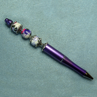 Flower print beaded pen, purple