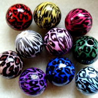 10 acrylic animal print beads, 13mm, mixed colours