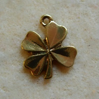 Four leaf clover charm, gold plated