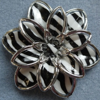 Focal flower bead, 60mm, zebra pattern