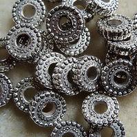 25 metallised washer beads, 10mm