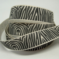 15mm Zebra ribbon, 1 metre.