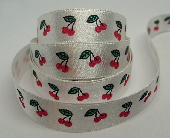 15mm cherries ribbon, 1 metre.