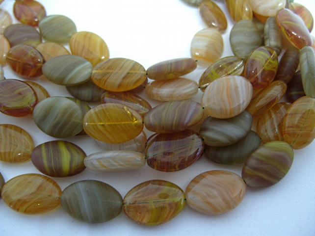 15 European glass oval beads, mixed colours