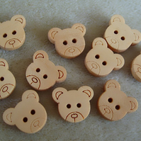 10 wooden teddy buttons