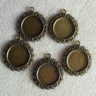 5 round pendant frames, 20mm, plated metal, antique gold
