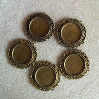 5 round pendant frames, 18mm, plated metal, antique gold
