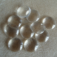 10 clear glass cabochons, 20mm.