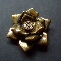 Metal flower pendant, gold plated, 35mm