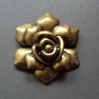 Large metal flower pendant, rose, antique brassy gold, 52mm