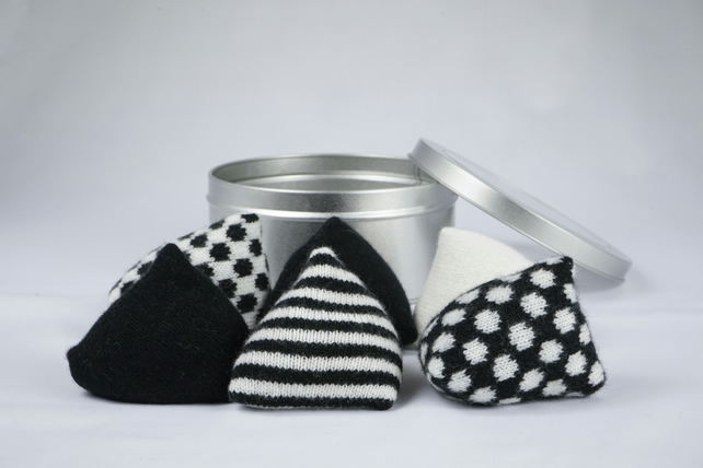 Black and White Pattern Weights