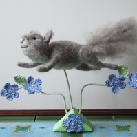 Needle-felt Leaping Squirrel