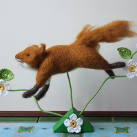 Needle-felt Leaping Fox