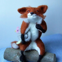 Needle-felt fox and hen