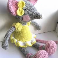 Mia the Ballerina Mouse – Crochet Amigurumi Plushie Soft Toy – BABY SAFE