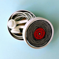 Retro record headphones tin