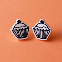 Fairy cake stud earrings.